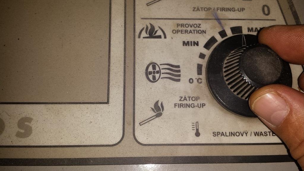 Füstgáz termosztát