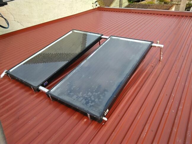Napkollektorok a tetőn